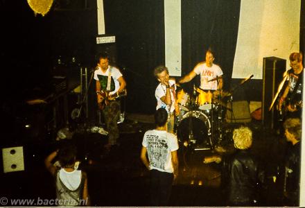 1983-06-18 Larm - De Buze, Steenwijk 01