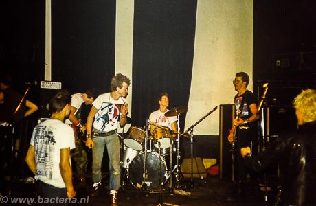 1983-06-18 Larm - De Buze, Steenwijk 03