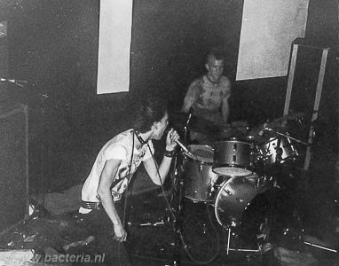 1983-06-18 Puinhoop - De Buze, Steenwijk 04
