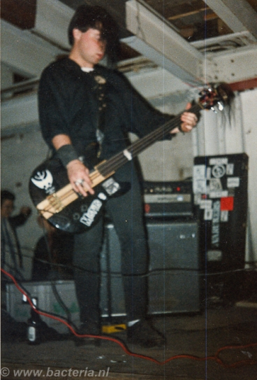 1986-08-23 Inferno, Varukers - WNC-1