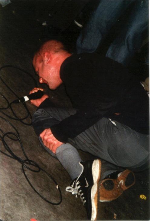 shikari-hoogeveen-podium-100201-mark