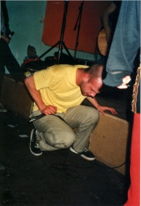 volume-12-fabrik-duisburg-ger-17-02-2001-mark